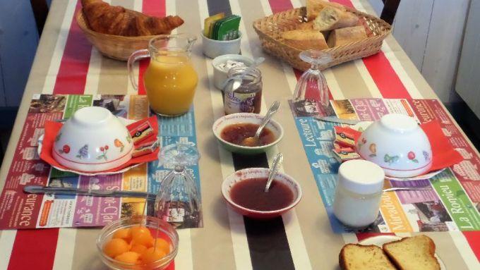Un bon petit déjeuner et la journée commence..